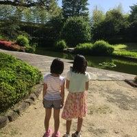 Photo taken at 丈山苑 by Manabu K. on 6/4/2017