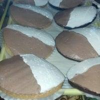 รูปภาพถ่ายที่ Fiore Italian Bakery โดย Matthew R. เมื่อ 3/9/2013