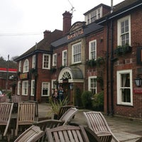 Photo taken at Royal Oak (Beefeater) by Angela J. on 3/10/2013
