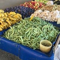Photo taken at turunçova kapalı pazar yeri by Sinan Degirmenci  on 8/25/2017