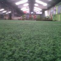 Foto tomada en Planet Futsal por Rhio A. el 2/27/2013