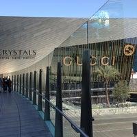 Das Foto wurde bei The Shops at Crystals von Eli C. am 3/5/2013 aufgenommen