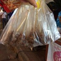 Photo taken at หมูปิ้งอัญชลี อร่อยที่สุดใน 3 โลก by อักษรา💓🐤 on 11/27/2015