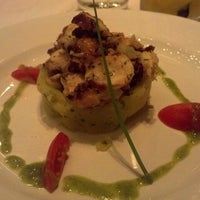 Foto tirada no(a) Duo Restaurante por Thatiana M. em 6/7/2013