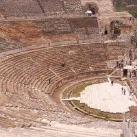 3/9/2013 tarihinde Maylis T.ziyaretçi tarafından Efes'de çekilen fotoğraf