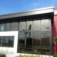 Photo taken at Wendy's by Paulinacasado O. on 8/8/2014