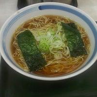 Photo taken at らーめん直久 川崎店 by 【殿下】池田 真. on 7/3/2013