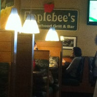 Photo taken at Applebee's by Teo E. on 11/15/2012