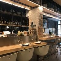 Foto tomada en AQ Restaurant por Nunurieta N. el 12/3/2017