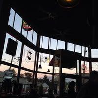 Das Foto wurde bei Latona Pub von Nathan M. am 10/9/2013 aufgenommen