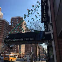 Photo taken at Failte Irish Pub & Restaurant by Glenn D. on 3/21/2017