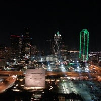 Das Foto wurde bei W Dallas - Victory von Trinh H. am 12/2/2012 aufgenommen