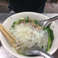 Das Foto wurde bei Phở Thìn Bờ Hồ von Brenda Y. am 11/17/2016 aufgenommen