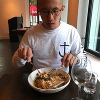 8/6/2017 tarihinde Brenda Y.ziyaretçi tarafından Chez Ma Tante'de çekilen fotoğraf