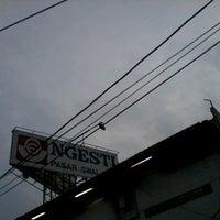 Photo taken at Ngesti Pasar Swalayan by dwi j. on 1/14/2013