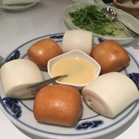Photo taken at 1010新湘菜館 Pop Hunan Cuisine by Carrie C. on 11/20/2016