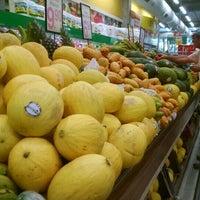 Photo taken at Supermercado Coelho Diniz by Kiwi_bird on 3/10/2016