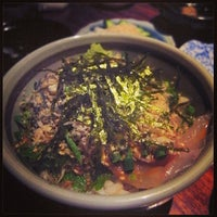 Photo taken at 魚もつ鍋 魚呑 うおどん 高円寺店 by Chie S. on 10/8/2013
