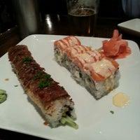 Photo prise au Sushi Love par Christina P. le3/31/2013