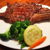 Photo taken at Outback Steakhouse by Steven S. on 4/5/2015