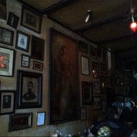 Foto tirada no(a) La Carafe por Huy N. em 10/13/2012