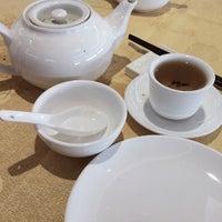 Photo taken at Fraser Court Seafood Restaurant 紅日大酒家 by Jon S. on 7/12/2013