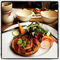 Photo taken at Le Pain Quotidien by Bella D. on 3/19/2013