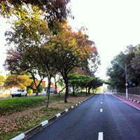 Photo taken at Parque Portugal - Lagoa do Taquaral by Guilherme G. on 5/11/2013