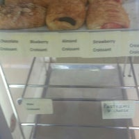 Photo taken at Donut Factory by Bemis!!!!!! !. on 4/1/2016