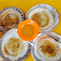 Photo taken at Shakti Chelo's Appam Stall by Sarah G. on 10/15/2016