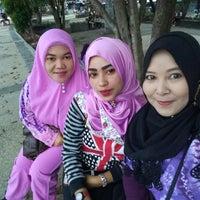 Photo taken at Taman Siring Sei Martapura by Rissa ♚. on 9/23/2017