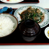 Photo taken at 丸昇食堂 by ともやす on 11/9/2014