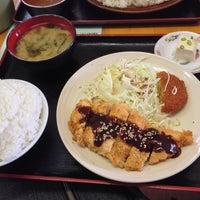 Photo taken at 味自慢 たかさご by まってん な. on 6/9/2014