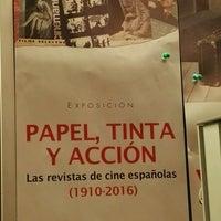 Photo taken at Sala Municipal de Exposiciones Casa Revilla by Dos Mujeres Y. on 11/5/2016