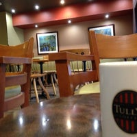 Photo taken at Tully's Coffee by 山田だよ on 10/19/2013