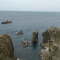 Photo taken at Tojinbo by 山田だよ on 4/6/2013