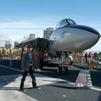 Foto scattata a USS Midway Museum da Jongeon K. il 12/23/2012