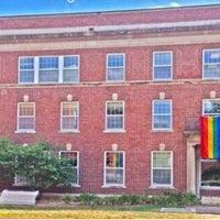 Foto diambil di LGBT Student Services oleh BJ F. pada 6/19/2017