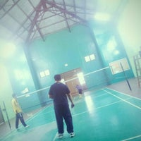 Photo taken at Dewan Badminton Bandar Sahabat by Abu Talib O. on 8/18/2014