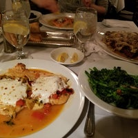 Photo taken at Ciro's Italian Restuarant by Lisa N. on 11/14/2016