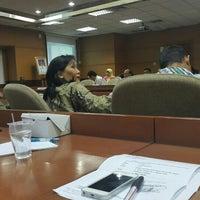 Photo taken at Dinas Pekerjaan Umum DKI Jakarta by Raden D. on 10/15/2015
