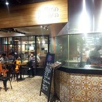 8/8/2013 tarihinde Asaliah .ziyaretçi tarafından Zaffron Kitchen'de çekilen fotoğraf