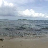 Photo taken at Sapphire Beach Marina & Resort Saint Thomas (Virgin Islands U.S.) by Arvind on 8/23/2013