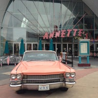 Photo taken at Annette's Diner by Isabelle S. on 5/16/2013