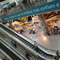 Foto tirada no(a) Terminal Multimodal Ramos de Azevedo por Fabiano T. em 1/13/2013