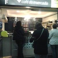 Foto tirada no(a) Café do Mercado por Fabiano T. em 5/24/2013