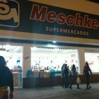 Foto tirada no(a) Supermercado Meschke por Fabiano T. em 9/13/2015