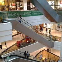 Photo taken at Boulevard Shopping by Fabiano T. on 10/10/2012