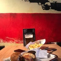 Photo taken at Burger Heroes by Anna G. on 3/30/2018