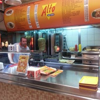 Photo taken at Alto Fast Food by Maria L. on 4/24/2014